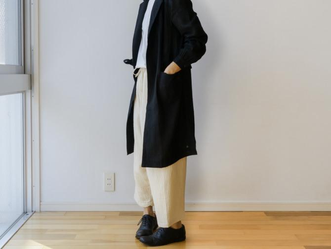 siz=ONE/col=BLK [Tops]IR-B-224NS(Cotton DARUMA Shirts)/siz=ONE/col=WHT [Bottoms]IR-P-200TG(Triple Gauze New YAO Pants)/siz=ONE/col=NTL (model=160cm/5'2'')