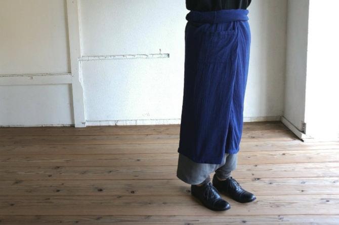 siz=ONE/col=NVY [Tops] IR-206TG (Triple Gauze Karen Shirts -Long Sleeve-) /siz=ONE/col=BLK [Bottoms]IR-P-139PL (Poland Linen YAO Pants -Middle-) /siz=ONE/col=GRY (model=160cm/5'2'')