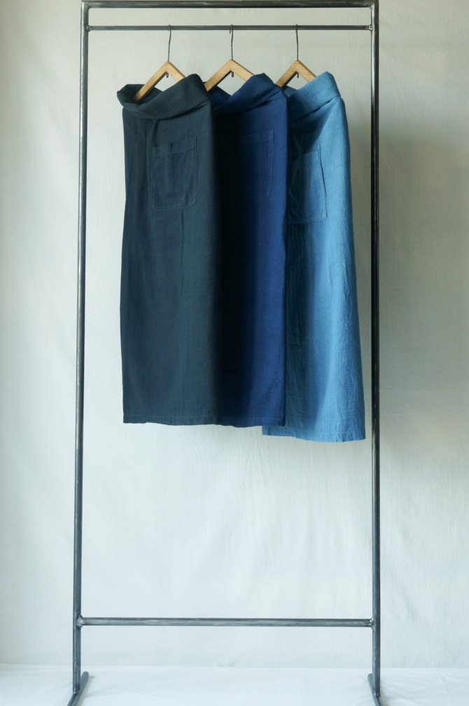 (left to right ) col紺(NAVY),群青(LAPIS) , 青(BLUE)