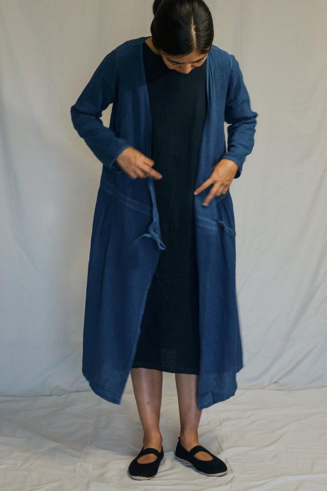 col.青(BLUE) | size.M | model=160cm