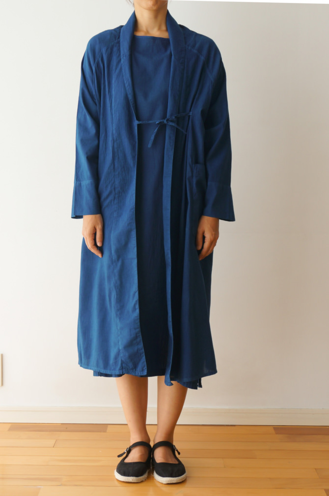 col.青(BLUE) | model=160cm ※OUTER=#IR-C-186NS(ND) ,col=青(BLUE)
