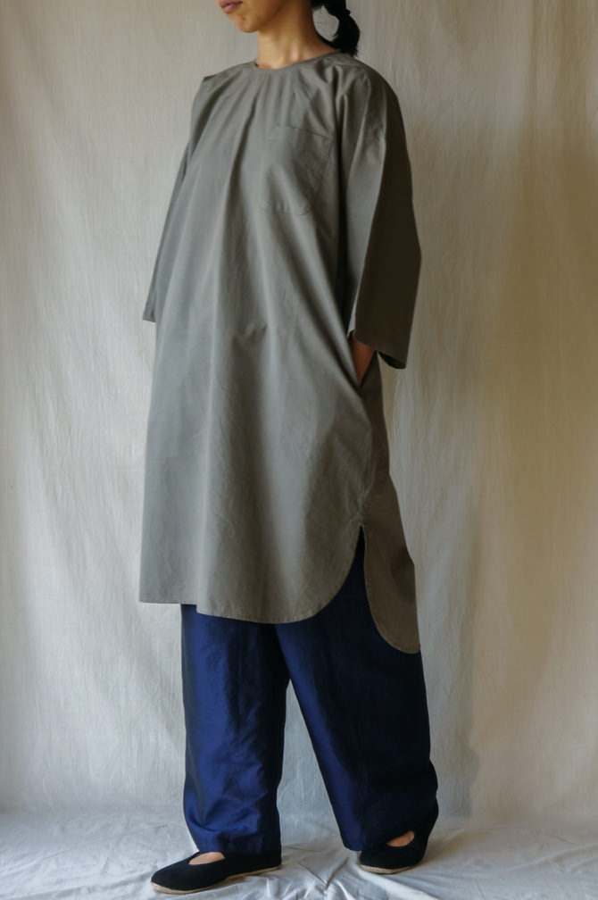 col.NVY , size.M | model=160cm ※DRESS = IR-D-236*PO col.KKI